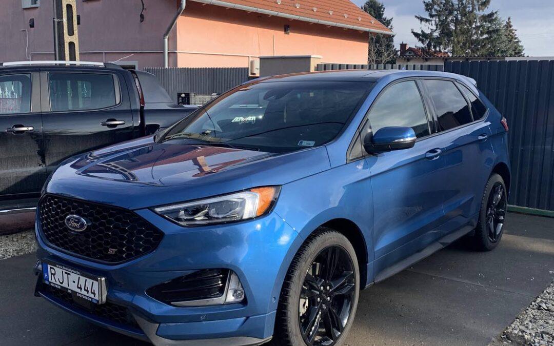 Ford személyautó külső- belső takarítása