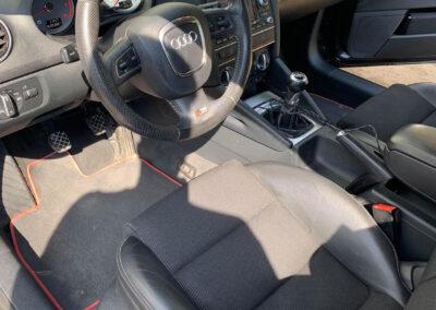 Audi kárpittisztítása